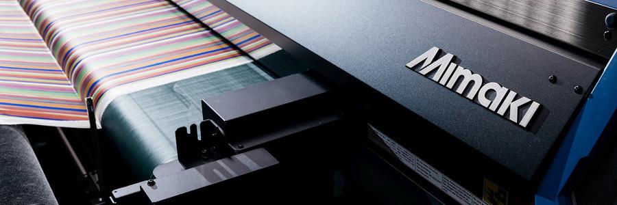 Mimaki, leader globale nella produzione di stampanti inkjet di grande formato e sistemi da taglio, è da sempre pioniere nel settore del textile..